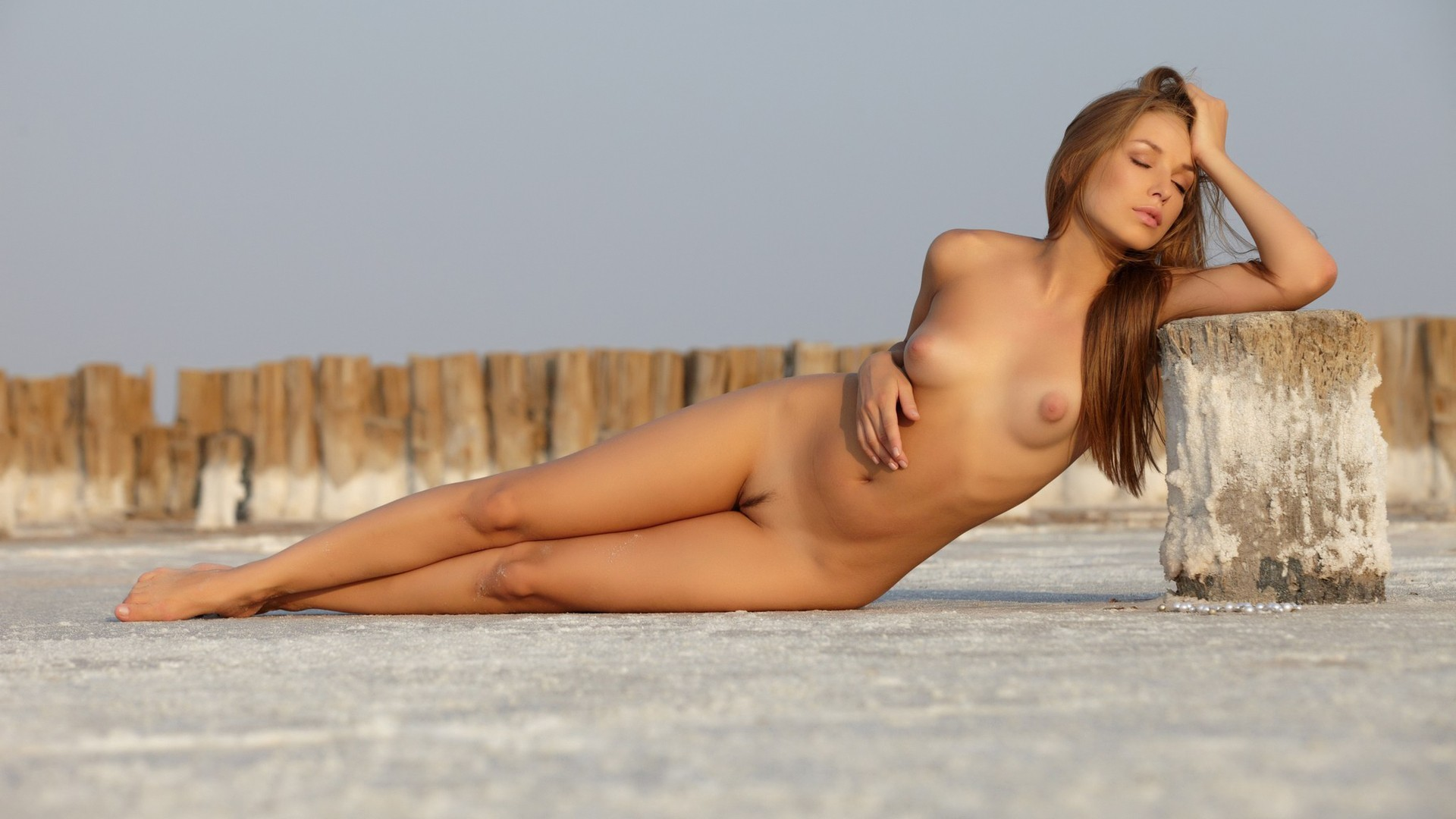 Naked women hd pictures